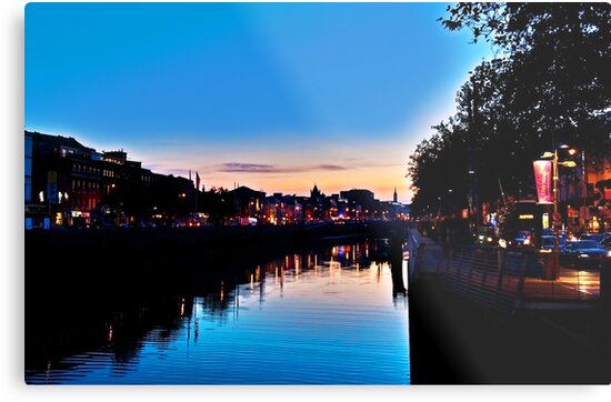 Nightfall On The Liffey by Denise Abé