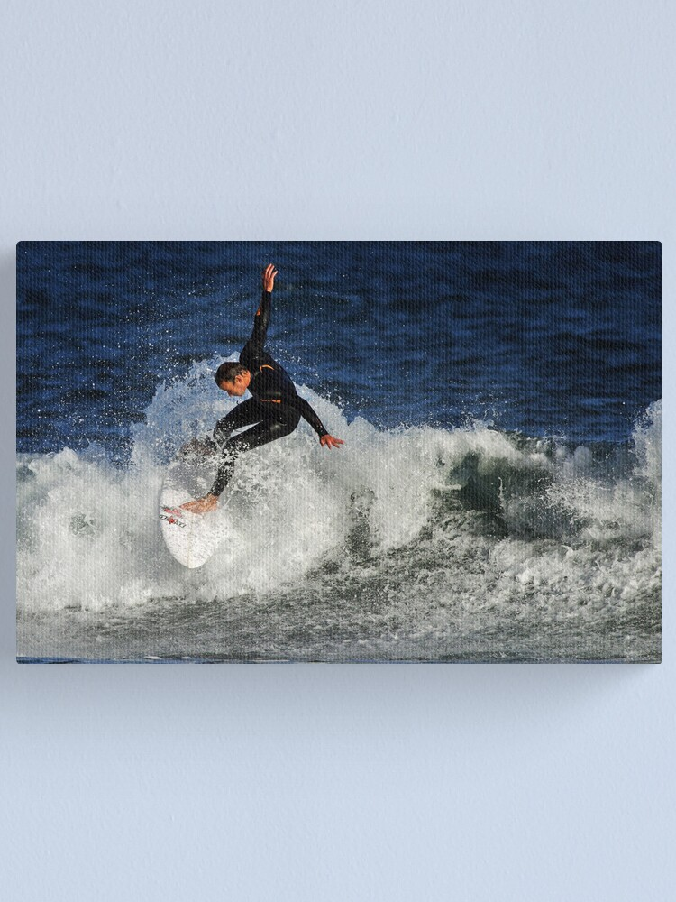 Alternate view of Surfing at Winkipop Canvas Print