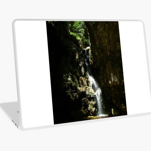 Secluded waterfall Laptop Skin