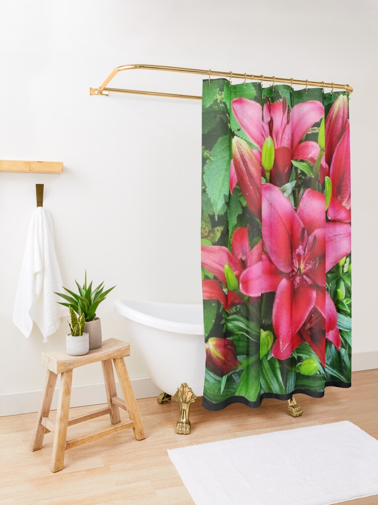 Alternate view of The Red Lily are Popping at Mommas Goden! Shower Curtain
