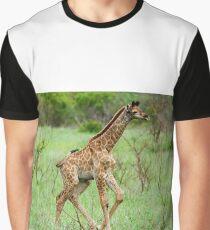 WAIT FOR ME - THE BABY GIRAFFE – Giraffa Camelopardalis (KAMEELPERD) Graphic T-Shirt