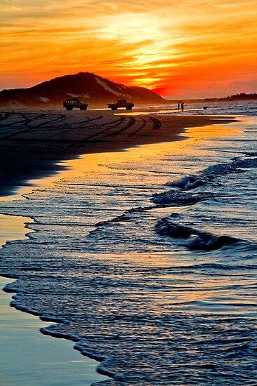 Yellow Patch sunset (Moreton Island, Australia) by kmatm