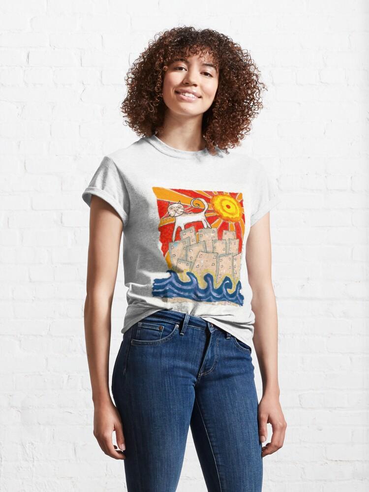Alternate view of Gato en la ciudad Classic T-Shirt