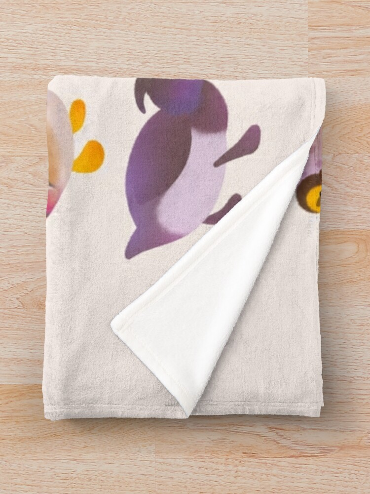 Alternate view of Duck and Duckling Throw Blanket