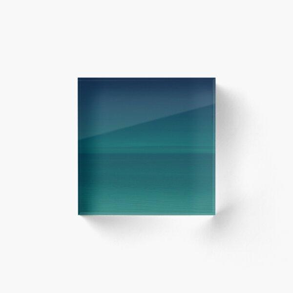 The Horizon Acrylic Block
