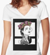 Raw Women's Fitted V-Neck T-Shirt