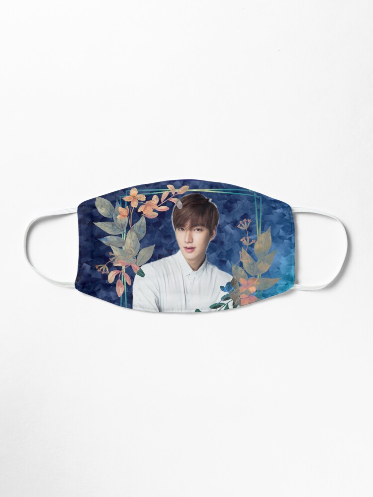 Alternate view of [Lee Min Ho + Blue Flowers] Mask