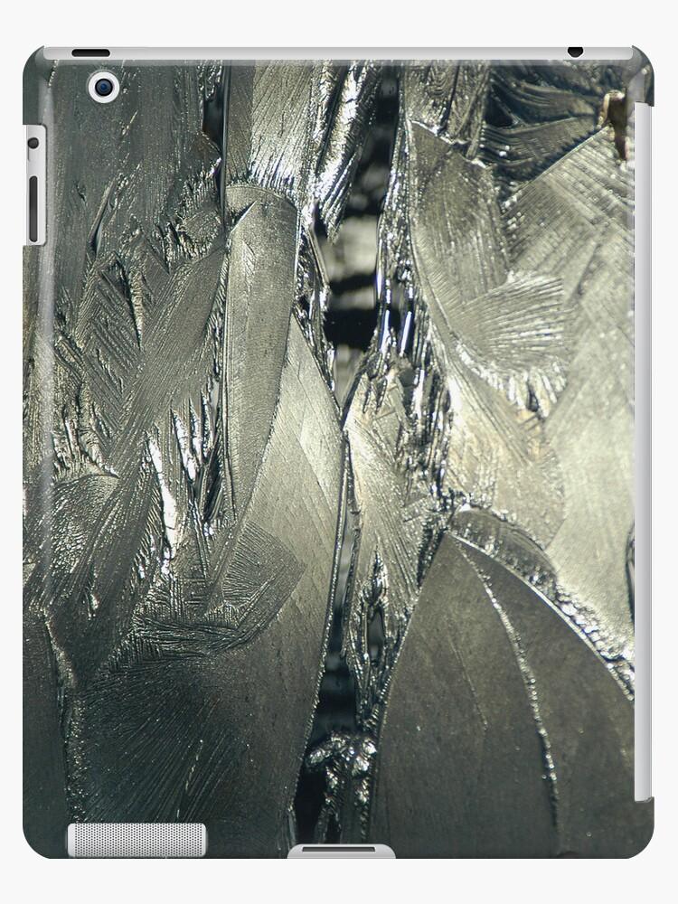 Contrast on Ice - III by Paul Gitto