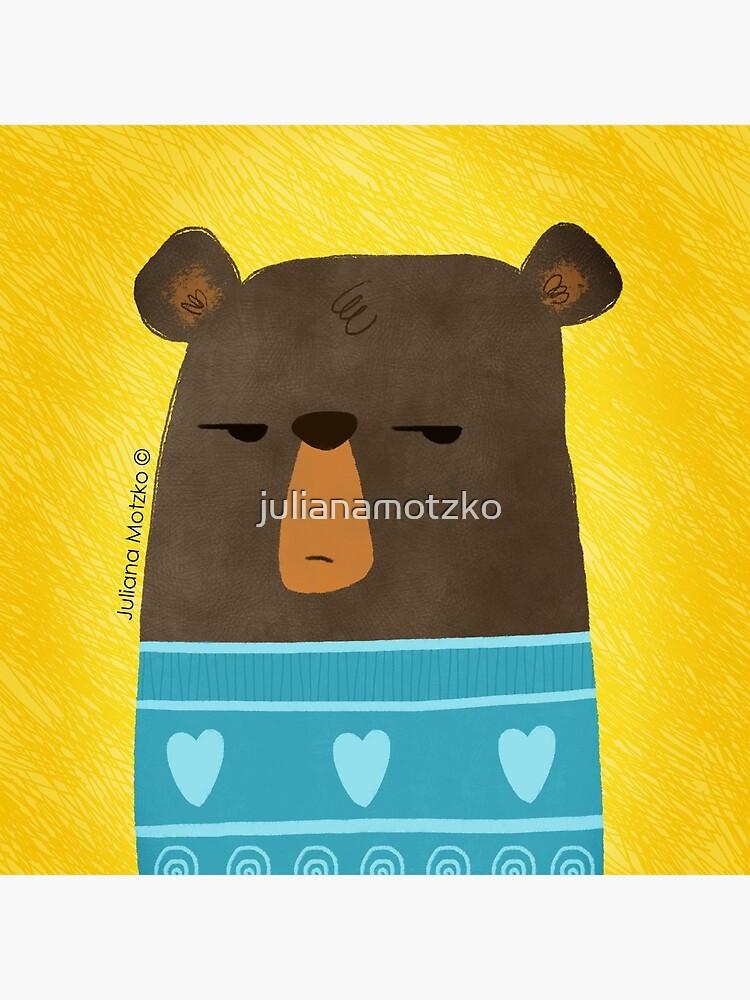 Skeptical Bear by julianamotzko