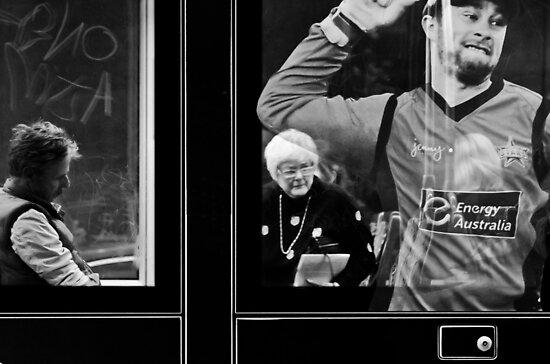 Life inside, outside and onside of a tram... by Rhoufi