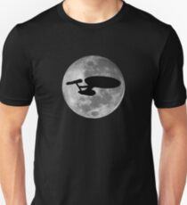 USS Enterprise against the Moon Unisex T-Shirt