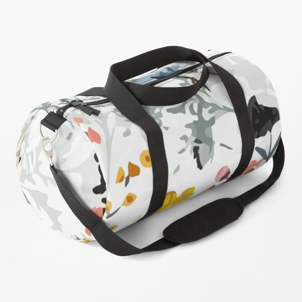 Floral seasonal seamless pattern Duffle Bag