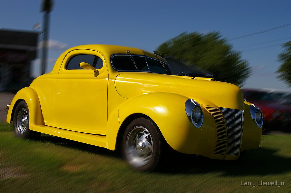 A Hot Rod ...The Yellow Machine....... by Larry Llewellyn