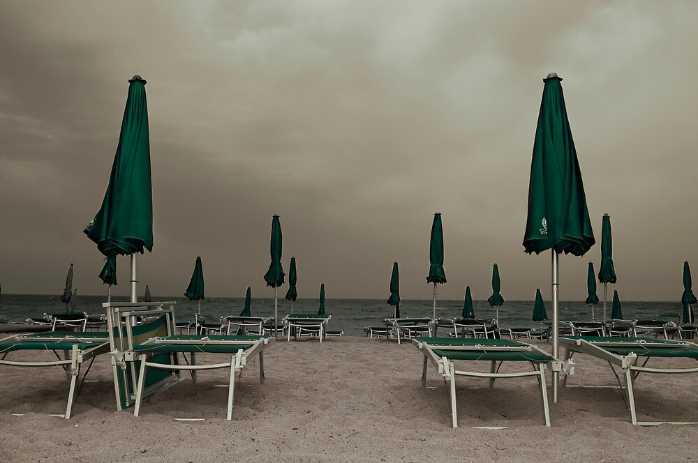summer in winter by redapple78