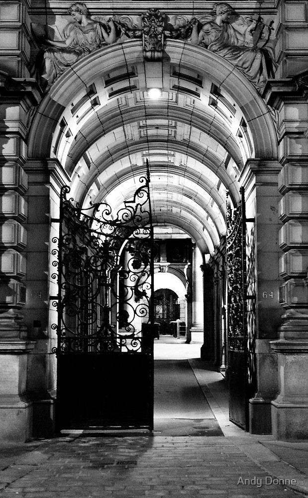 Chambers Gate by Andy Donne