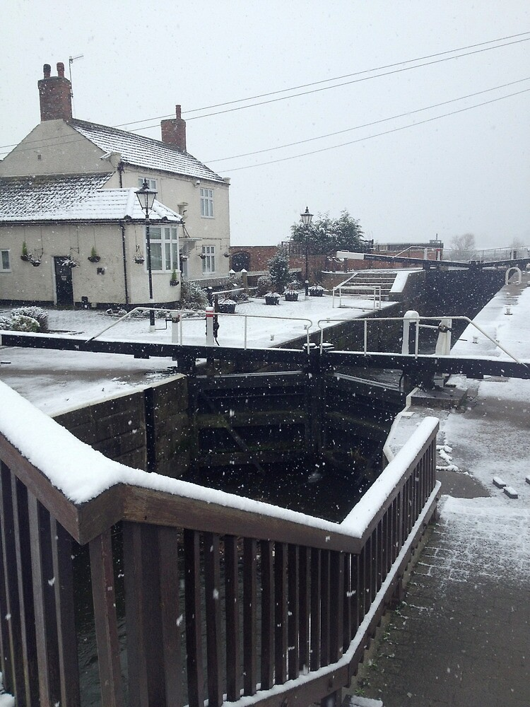 Beeston lock in the snow by Robert Steadman