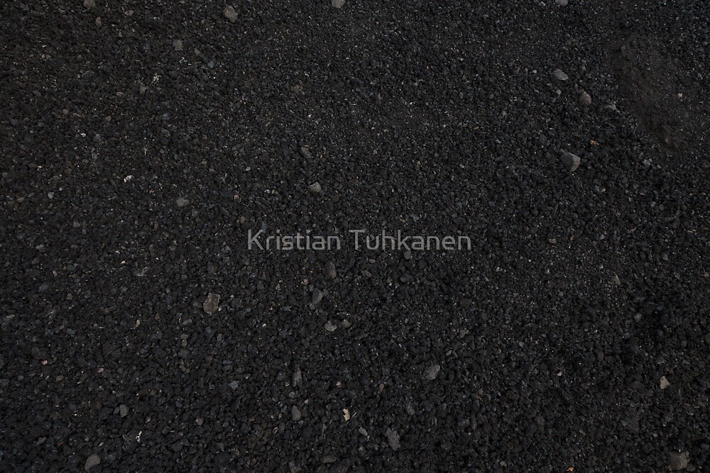 Black gravel by Kristian Tuhkanen