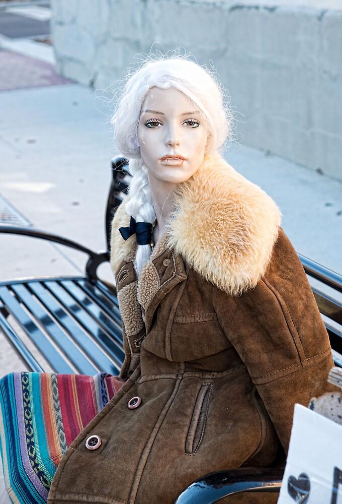 Mannequin Model by FireDzine