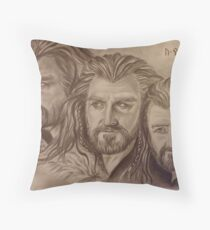 Thorin Oakenshield, a willing heart... Throw Pillow