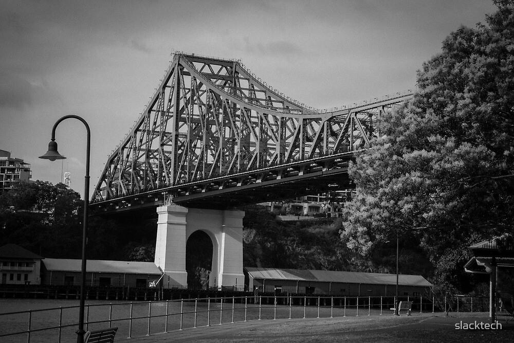 Story Bridge in B&W by slacktech