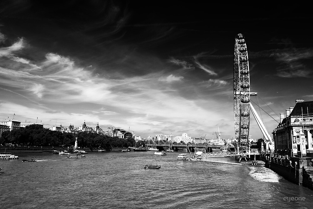 The London eye and thames by eyeone