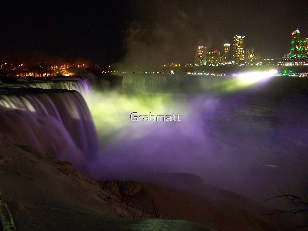 Niagara Falls  by Grabmatt