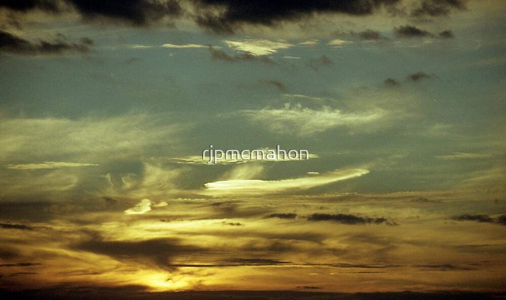 Winter Sky Melbourne 3 by rjpmcmahon