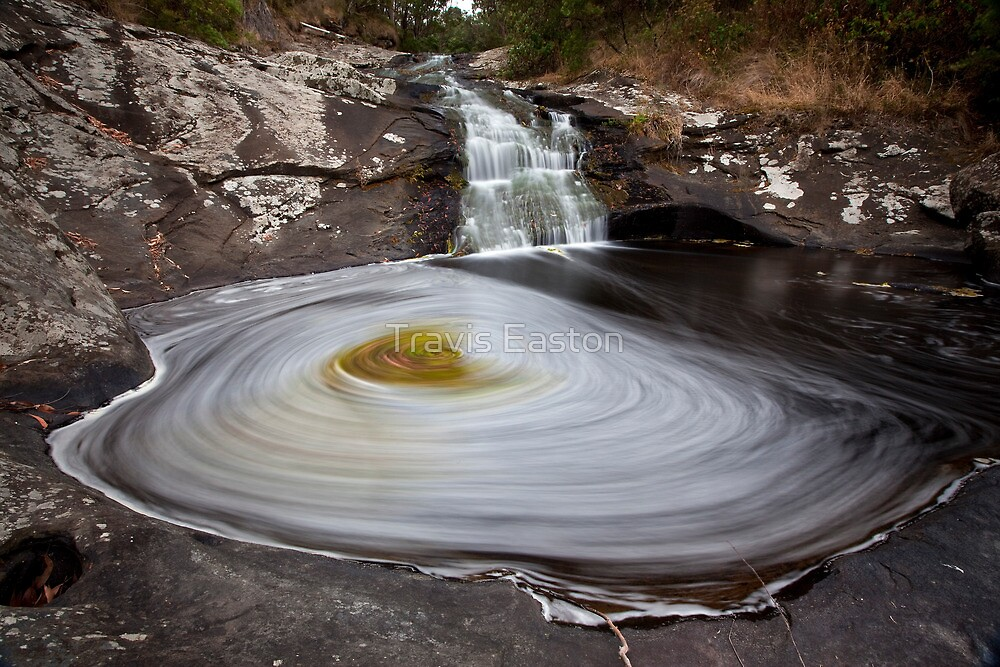 Carisbrook Falls - First tier by Travis Easton