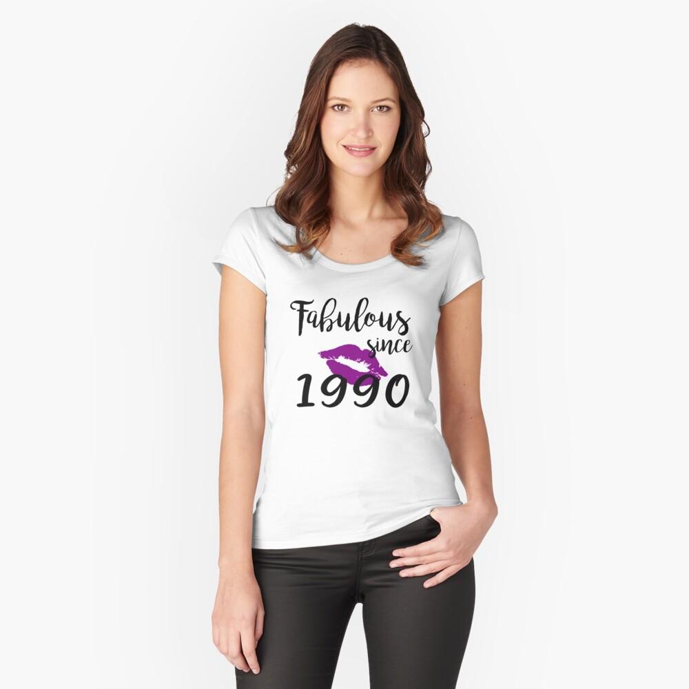 Fabulous Since 1990 Glam Kiss Birthday Women Glamour Lips Purple Lipstick Lipsing Gift Fitted Scoop T-Shirt