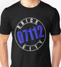'Brick City 07112' (w) Unisex T-Shirt