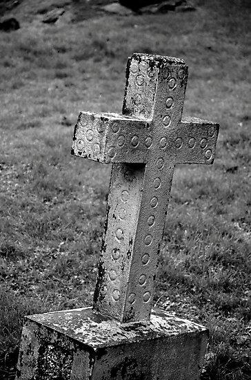 Noughts & Crosses by Martina Fagan