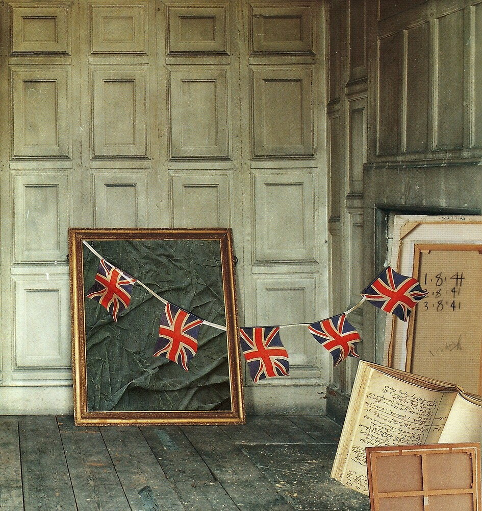 Patriotic attiC by ROUGE BLANC  BLEU