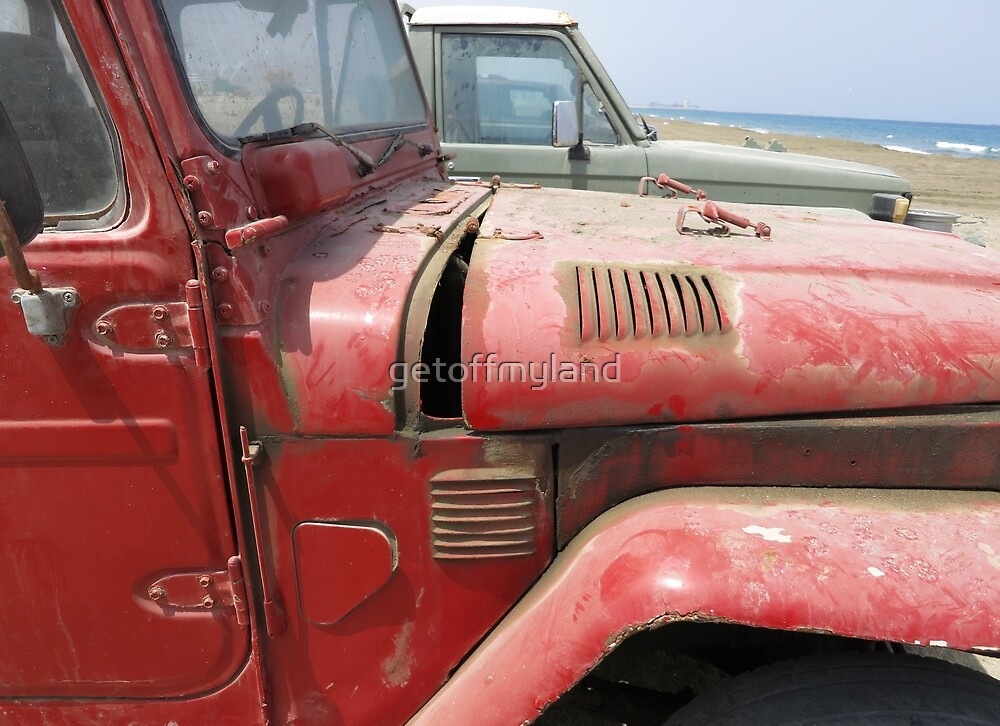 Old Red FJ by getoffmyland