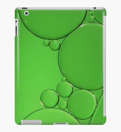 Green Bubbles iPad Case/Skin