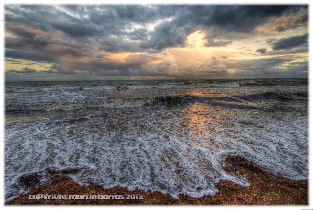 beach waves hdr by martbarras