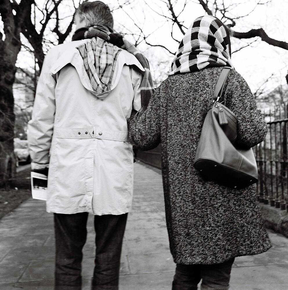 Man and woman, Edinburgh by dscoleman