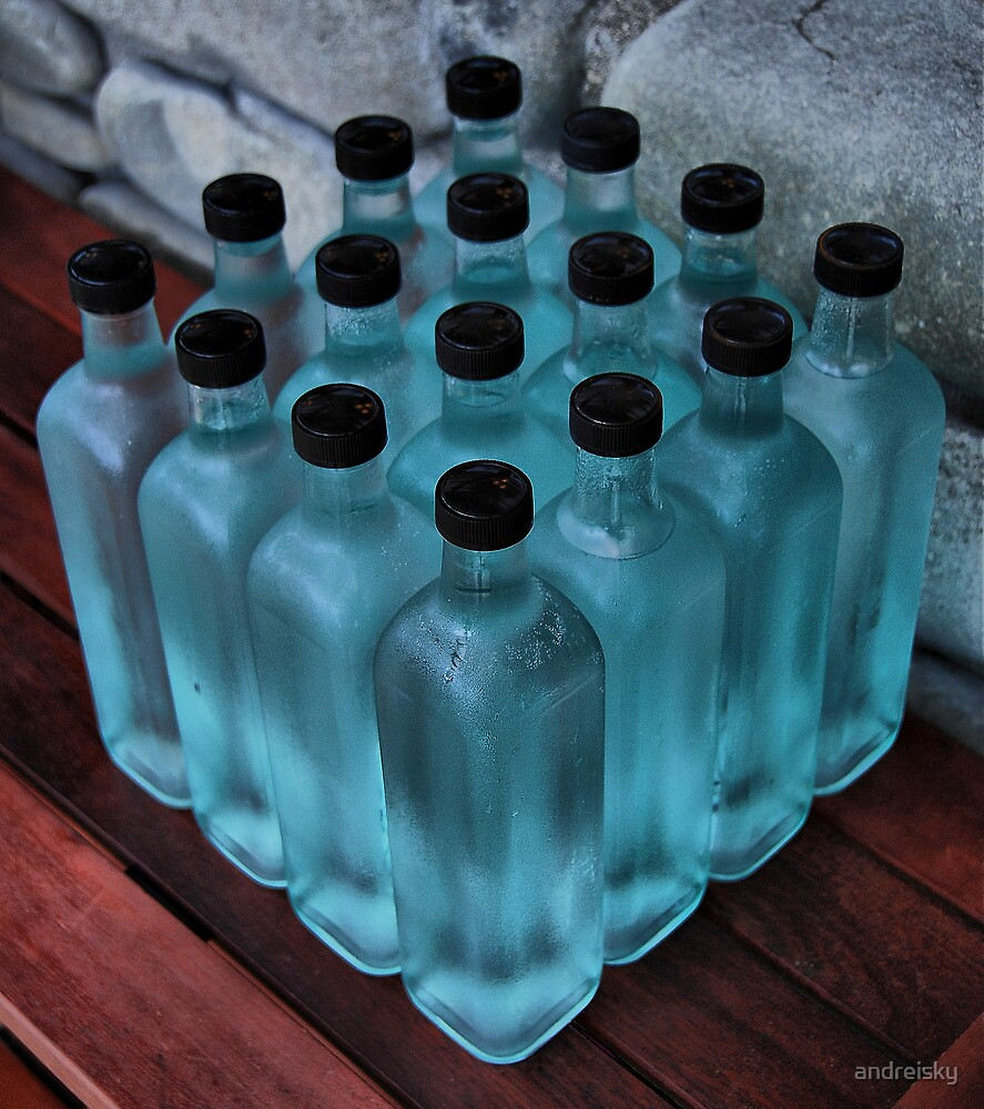 16 blue bottles by andreisky