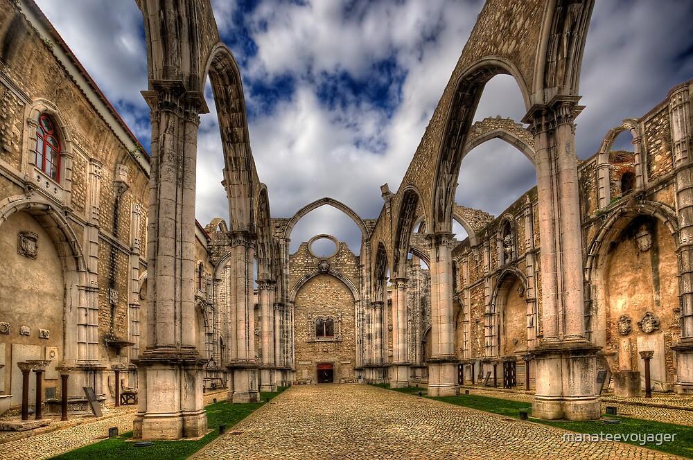 Igreja do Carmo Church by manateevoyager