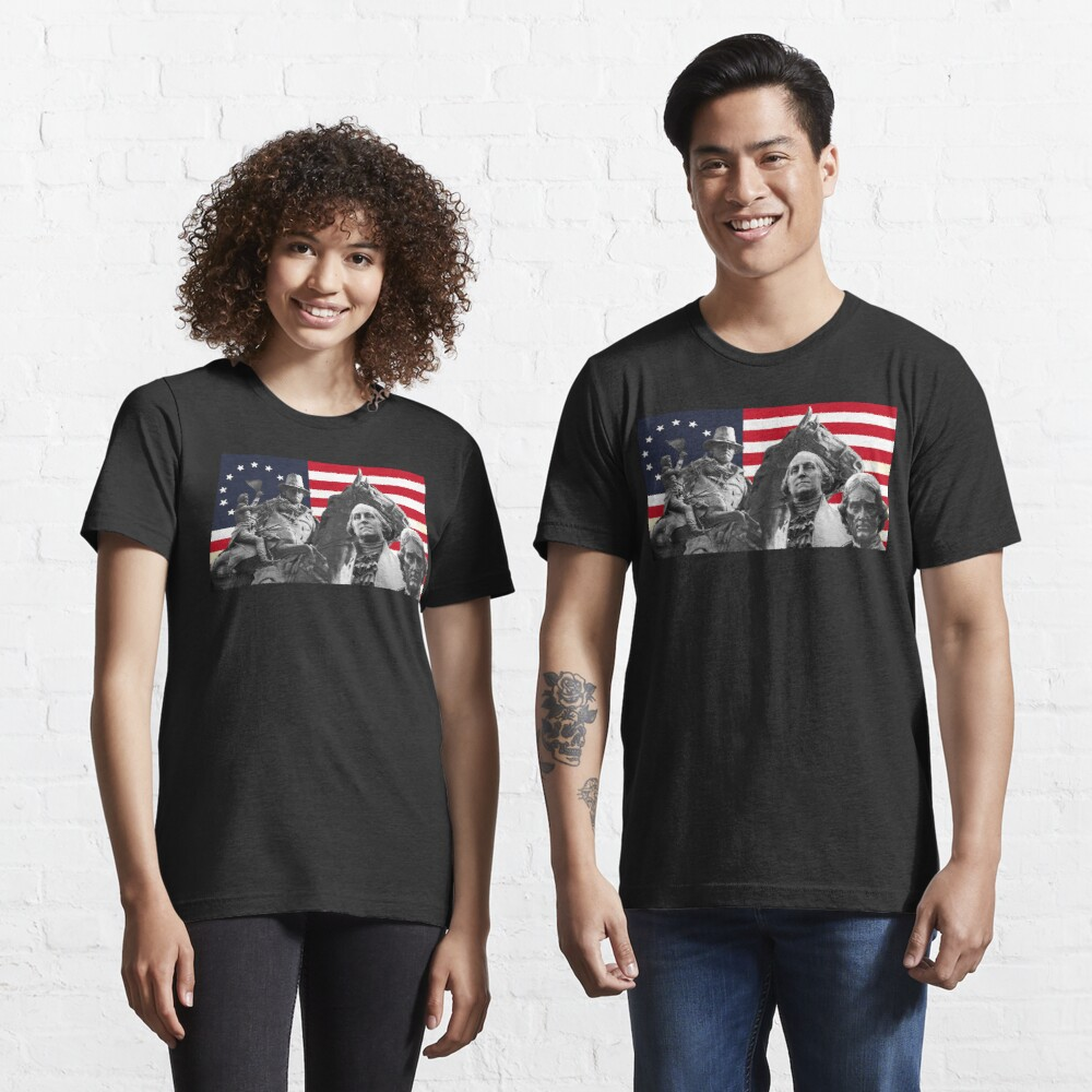 Statues and Flag Essential T-Shirt