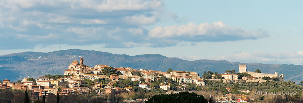 Castiglione del Lago panorama, Umbria, Italy by Andrew Jones