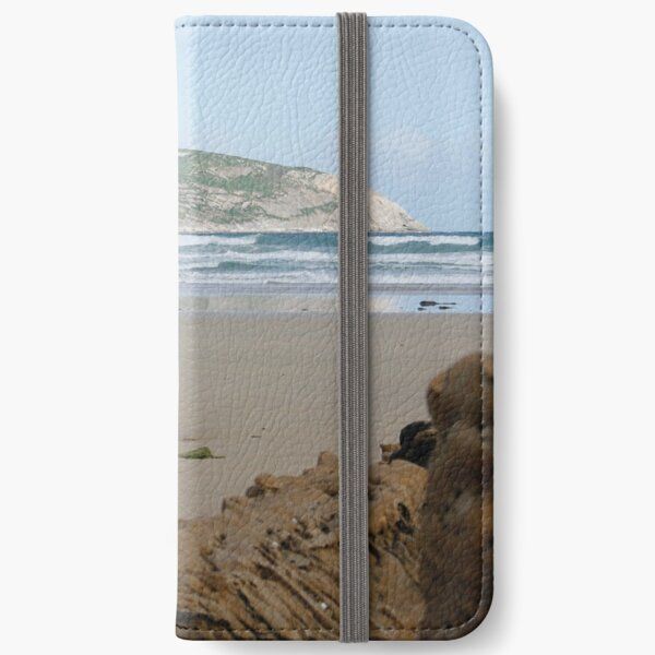 Shellback Island  iPhone Wallet