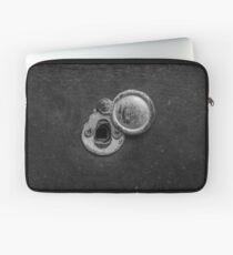 Keyhole Laptop Sleeve