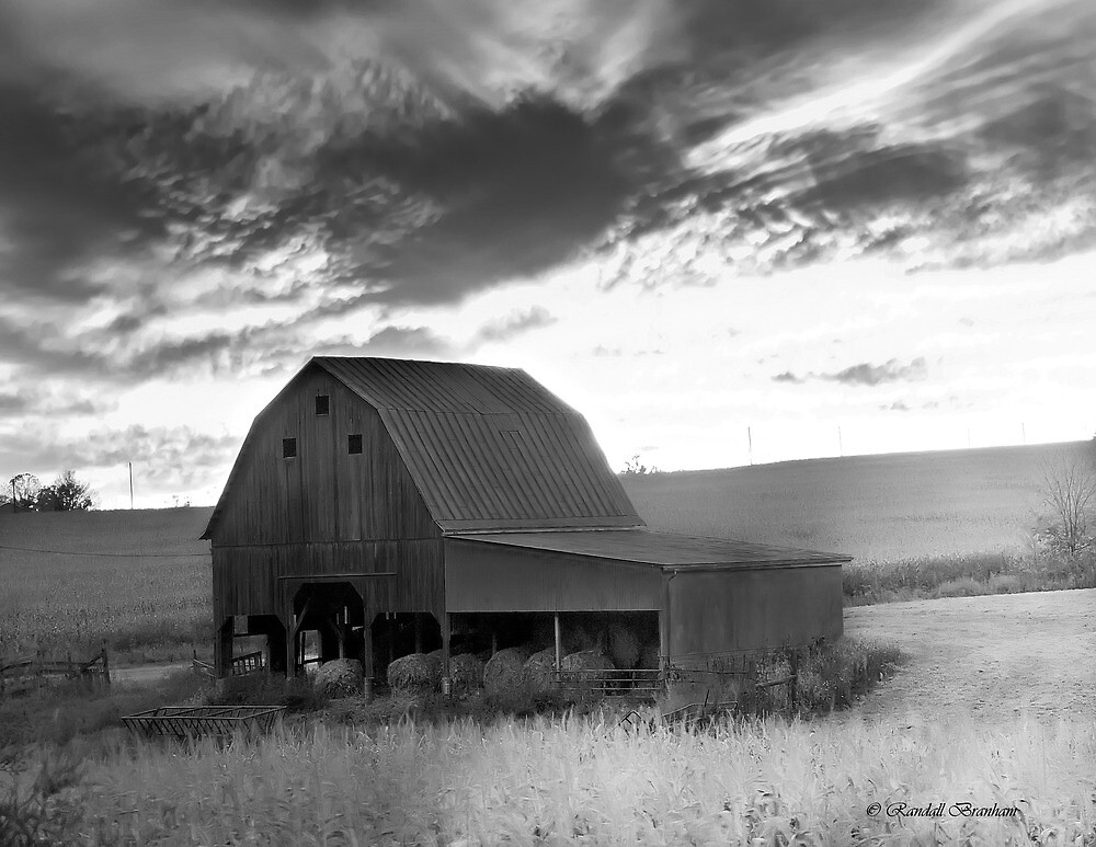 Barn on RT.41 Ross County by Randy Branham