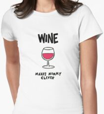 Wine makes mummy clever Women's Fitted T-Shirt