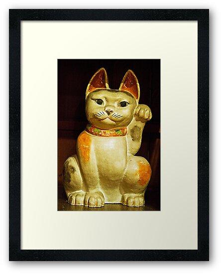 Mingei cat by Thaddeus Zajdowicz