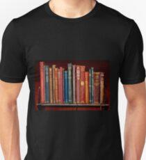 Minibibliothek ~ der klassischen Bücher Slim Fit T-Shirt