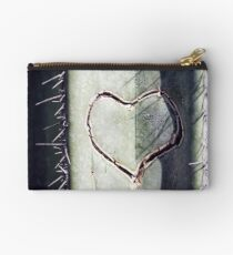 Lonely Hunter Studio Pouch