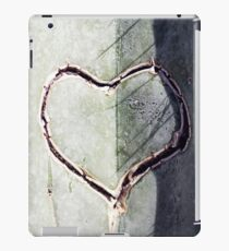Lonely Hunter iPad Case/Skin