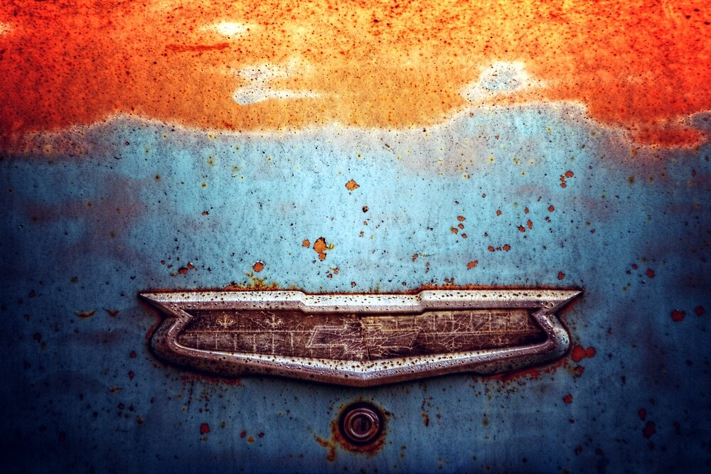 Chevy trunk emblem by tjdewey