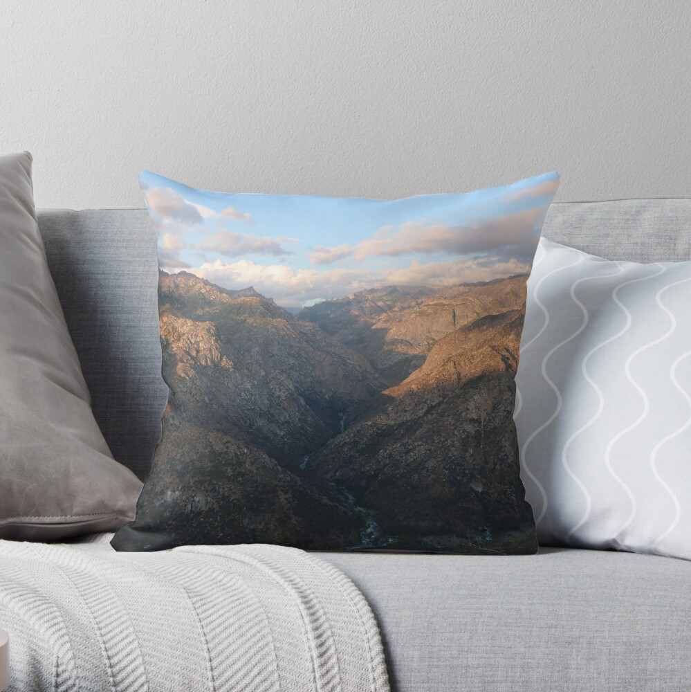 Kings Canyon overlook Throw Pillow